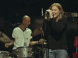 live : Portishead - Numb